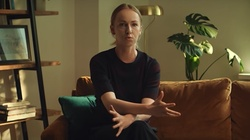 Żona Hołowni mówi TVNem: aborcja, antykoncepcja, edukacja seksualna - miniaturka