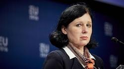 Węgierski polityk ostro o Jourovej: Przynosi ujmę KE - miniaturka