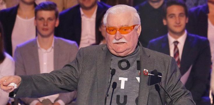 Wałęsa wykonuje wyrok sądu i przeprasza Henryka Jagielskiego - zdjęcie