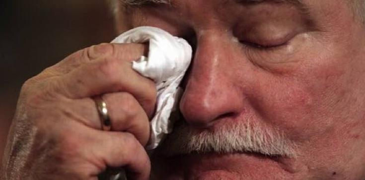 Wałęsa płacze bo przegrał z Czarneckim - zdjęcie