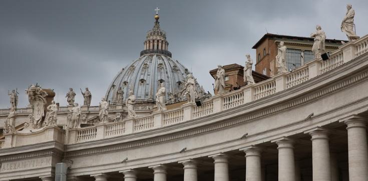 Kryzys, jakiego nie było. Kościół u progu rewolucji - zdjęcie