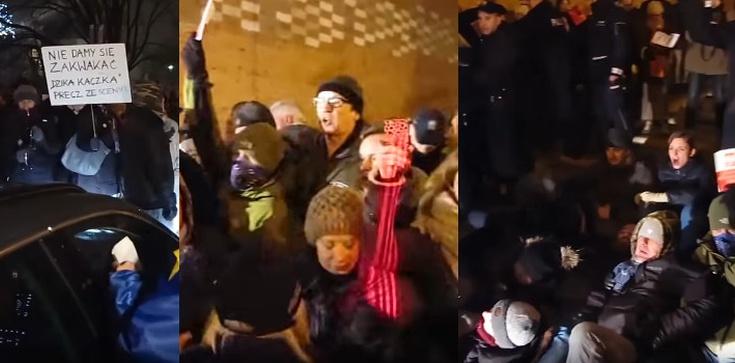Policja składa zażalenie na decyzję sądu ws. blokujących Wawel - zdjęcie
