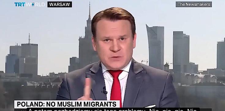 Dominik Tarczyński w tureckiej TV: Żaden nielegalny imigrant nie przyjedzie do Polski - zdjęcie