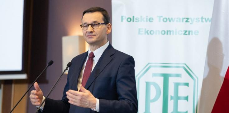 Premier Mateusz Morawiecki: Polska powoli wychodzi z pułapki średniego rozwoju - zdjęcie