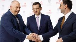 Kuźmiuk: PO sprzedawała rodowe srebra, a za PiS powstaje potężny w skali Europy koncern! - miniaturka