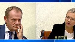 Niebywałe! Tusk przed komisją: Gdyby przyjąć waszą logikę, Morawieccy powinni zostać skazani i spaleni na stosie - miniaturka
