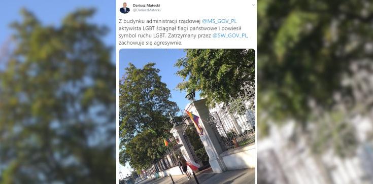 Homoaktywista zdjął polską flagę z gmachu resortu, zawiesił tęczową! Został zatrzymany - zdjęcie