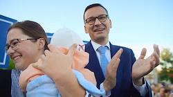 Premier Morawiecki: Pomóżcie nam dalej zmieniać Polskę! [ZOBACZ] - miniaturka