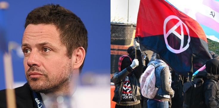 Jan Bodakowski: Czy Trzaskowski wydaje kasę z podatków na komunistyczną propagandę i szkolenia bojówek? - zdjęcie