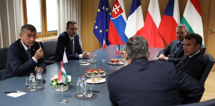 Szczyt UE: Grupa Wyszehradzka wspólnie przeciw Timmermansowi! - zdjęcie