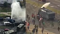Białoruś wciąż protestuje! Milicja użyła armatek wodnych - miniaturka