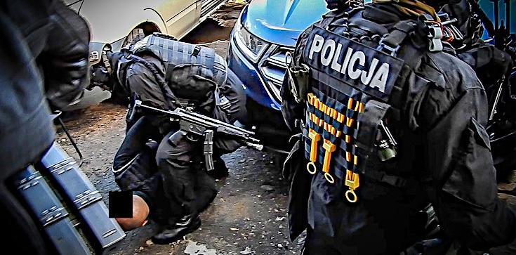 Cela Plus: CBŚP zlikwidowało laboratorium amfetaminy. 6 osób trafiło do aresztu - zdjęcie