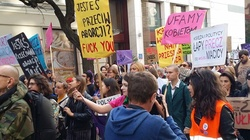 ,,Jesteś przeciw aborcji – to się pier...''. Skandaliczne hasła na marszu aborcjonistów [NASZA FOTORELACJA] - miniaturka