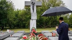 Morawiecki: nie zapomnimy o męczeńskiej śmierci Polaków zamordowanych przez UPA - miniaturka