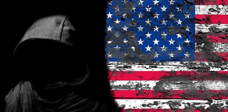 USA poddane demonicznej opresji? Mocne słowa egzorcysty! - zdjęcie