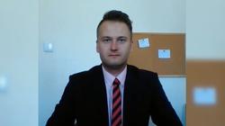 Pisał o ,,fizycznej eliminacji'' prezesa PiS. Kamil Kurosz został zatrzymany - miniaturka