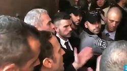 Jerozolima: Macron wściekły na funkcjonariuszy. Jest nagranie: ,,Wyjdźcie na zewnątrz'' - miniaturka