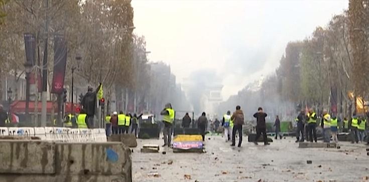 SZOK! Polscy kierowcy zaatakowani we Francji przez ,,żółte kamizelki'' - zdjęcie