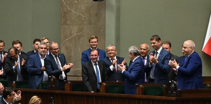 Kamiński i Ziobro zostają. Sejm odrzucił wnioski totalnej opozycji - zdjęcie