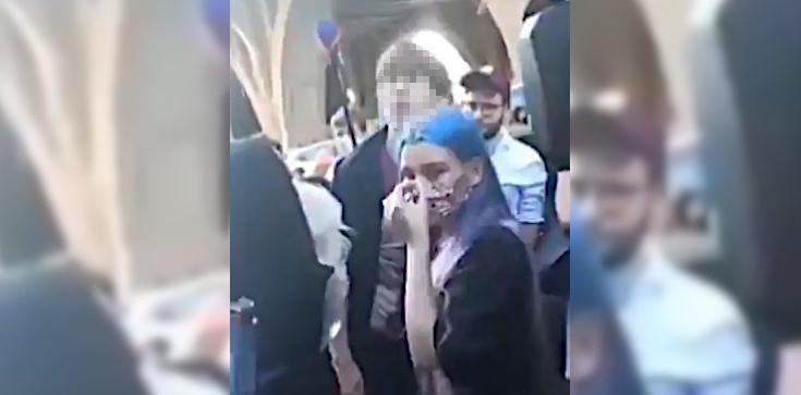 Co za agresja! Policja pokazuje kolejne nagrania ws. Michała Sz. i przypomina: Decyzję wydał Sąd - zdjęcie