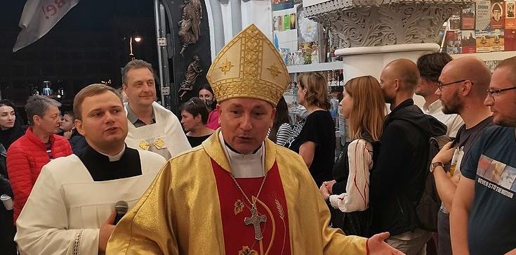 Reżim Łukaszenki wsadza księży do więzienia. Białoruski biskup zaapelował o modlitwę - zdjęcie