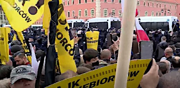 Protest ,,przedsiębiorców''. Zatrzymano 380 osób - zdjęcie