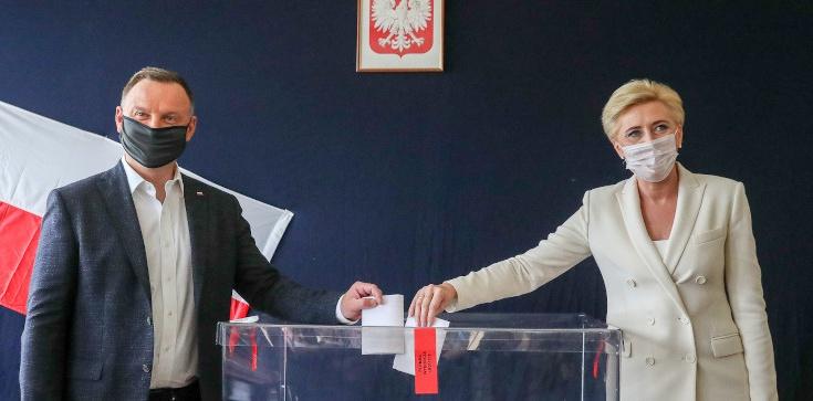 Para prezydencka wzięła udział w wyborach - zdjęcie