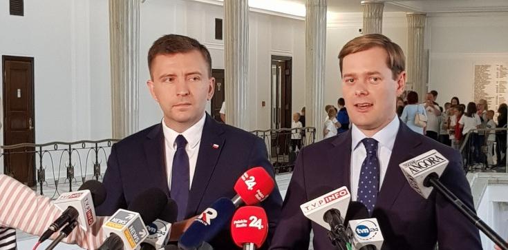 PiS zapowiada obniżkę podatku dla wszystkich Polaków - zdjęcie