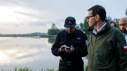 Premier Morawiecki: Módlmy się, żeby przestało padać... - miniaturka