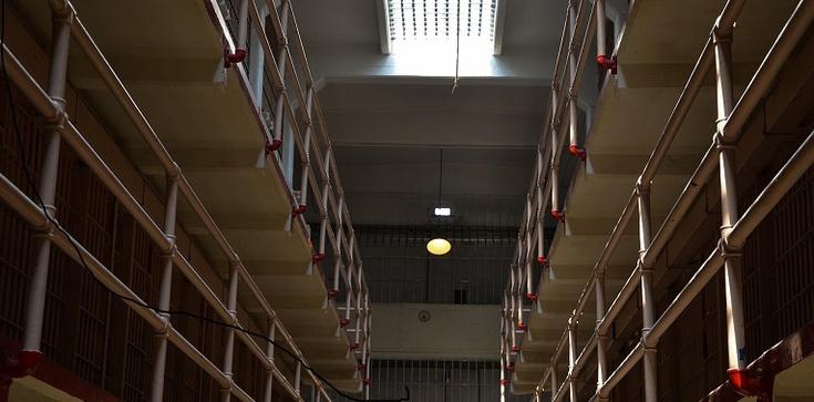 Rząd rozważa prywatyzacje więzień - zdjęcie