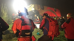Wypadek autokaru na Podkarpaciu. 3 ofiary śmiertelne, kierowca zatrzymany - miniaturka