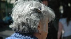 Masz siwe włosy? To może być oznaka choroby! - miniaturka
