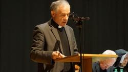 ks. Stanisław Wronka dla Frondy: Co Biblia mówi o piciu alkoholu?  - miniaturka