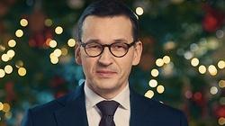 Premier Morawiecki składa życzenia Polakom: Zasiądźmy do wigilijnej kolacji pogodzeni ze sobą - miniaturka
