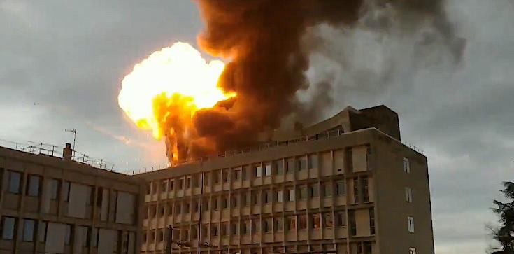 Lyon: Potężna eksplozja i pożar! [ZOBACZ] - zdjęcie