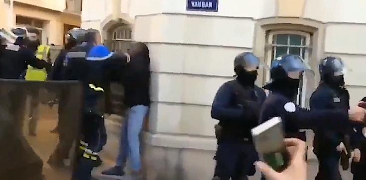 Francja: Protesty, bicie, aresztowania. Gdzie jest KE?! - zdjęcie