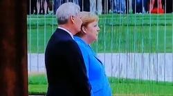 Angela Merkel znów miała atak drgawek - miniaturka