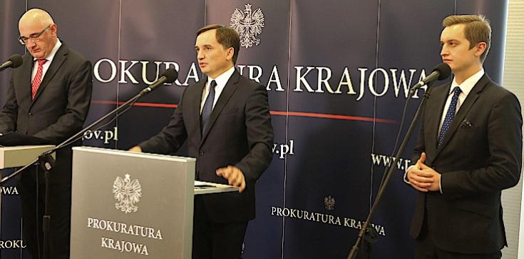 Zbigniew Ziobro ujawnia wielki przekręt reprywatyzacyjny. Jest akt oskarżenia - zdjęcie