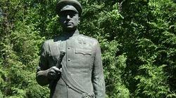 Rosjanie domagają się ochrony pomników stalinowskich okupantów Polski  - miniaturka