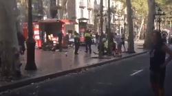 PRZERAŻAJĄCE nagrania z zamachu w Barcelonie ZOBACZ WIDEO - miniaturka