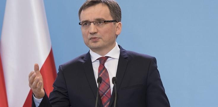 Ziobro zapowiedział pozew przeciwko Tuskowi. Chodzi o pomówienia - zdjęcie