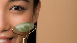 Masażery do twarzy – prosty sposób na jędrną i gładką skórę - miniaturka