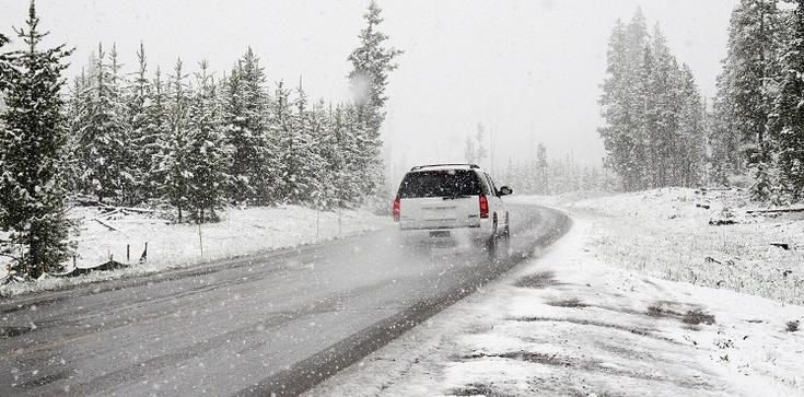 Uwaga. Znów śnieg i niskie temperatury - zdjęcie