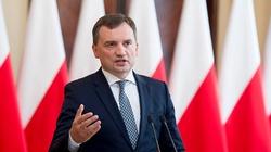 Minister Ziobro do PO po wniosku o jego odwołanie: Strach zajrzał w oczy? - miniaturka