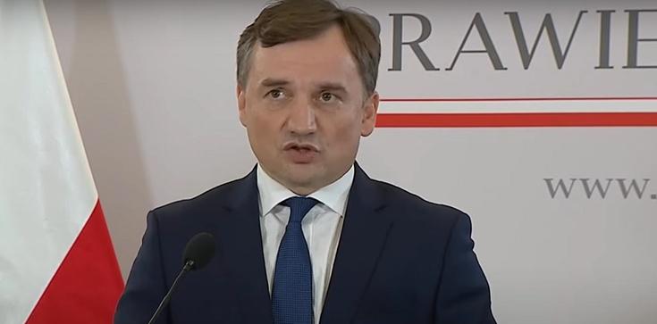 ,,GW'' donosi, że prezes PiS zablokował konferencję ministra Ziobro - zdjęcie