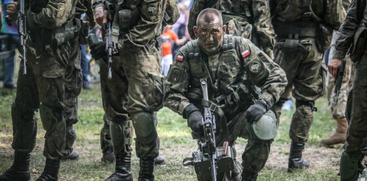 Papież w kontekście Rosji: Musicie się bronić, budować armię - zdjęcie