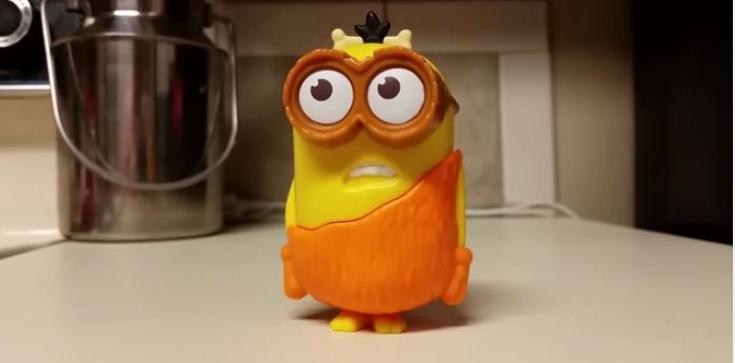 POSŁUCHAJ Czy zabawka z McDonalda przeklina? - zdjęcie