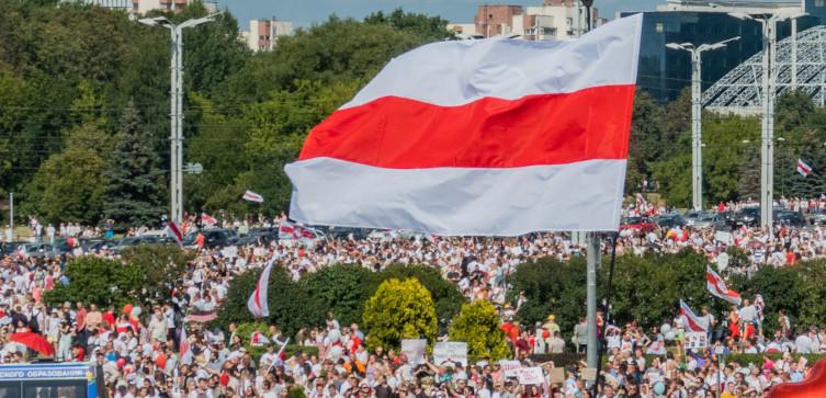 Masowe protesty na Białorusi. Zatrzymano dziennikarza Biełsatu - miniaturka