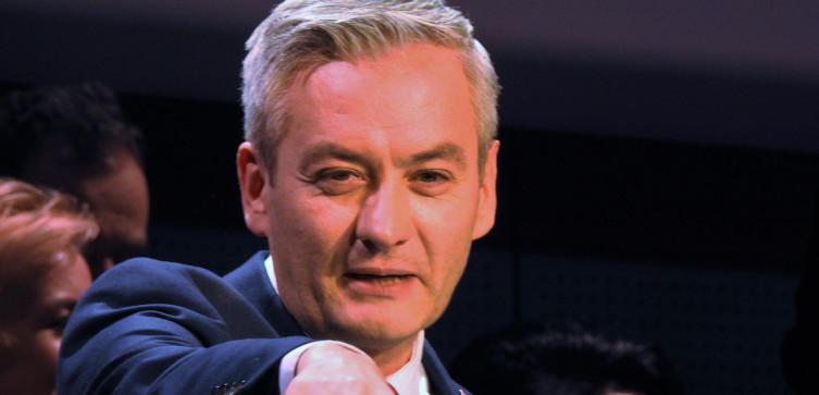 Lewica chce postawienia premiera przed Trybunałem Stanu i komisji śledczej dot. wyborów - miniaturka