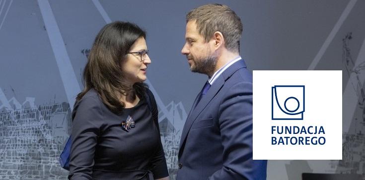 Fundacja Batorego uderza w Polski Ład, bo … za mało pieniędzy dla Trzaskowskiego i Dulkiewicz? - zdjęcie